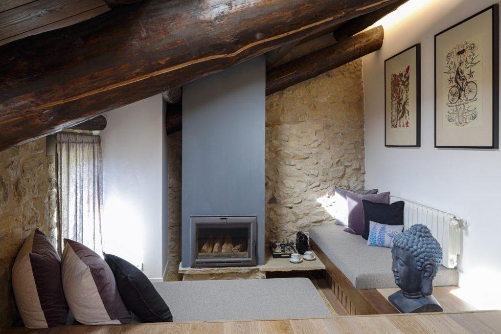 retreat-pyrenees-bed-think-forward