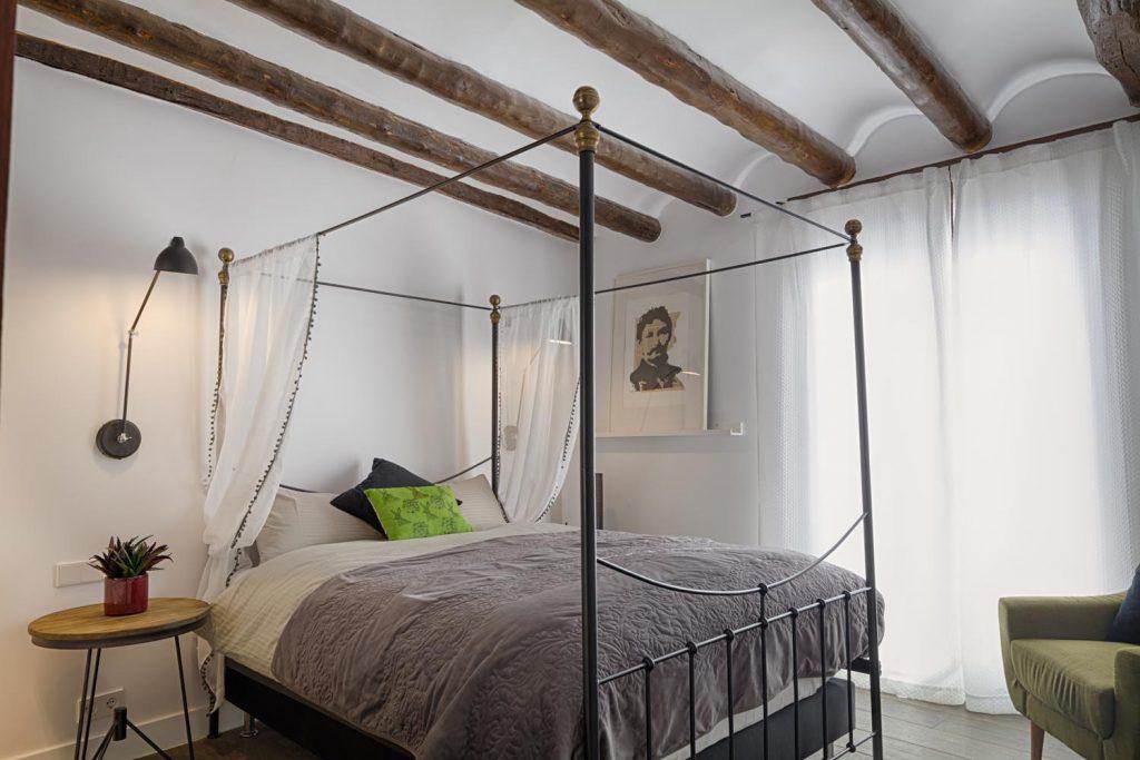 retreat-pyrenees-bed4-think-forward