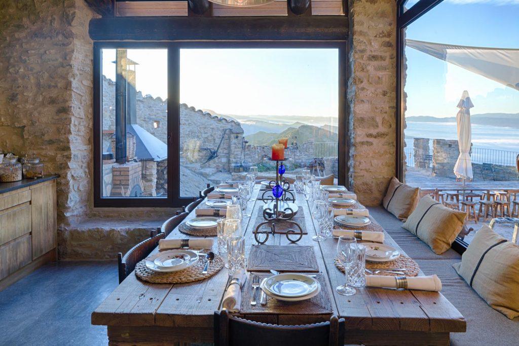 retreat-pyrenees-dining-2-think-forward