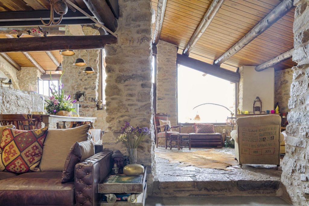retreat-pyrenees-lounge-2-think-forward
