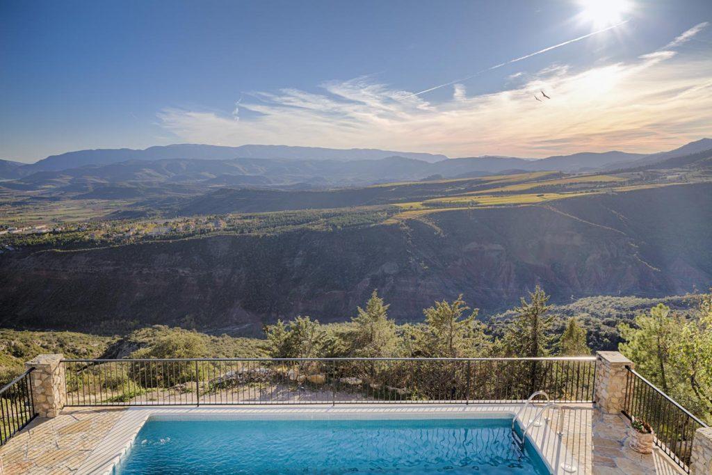 retreat-pyrenees-pool-view-think-forward